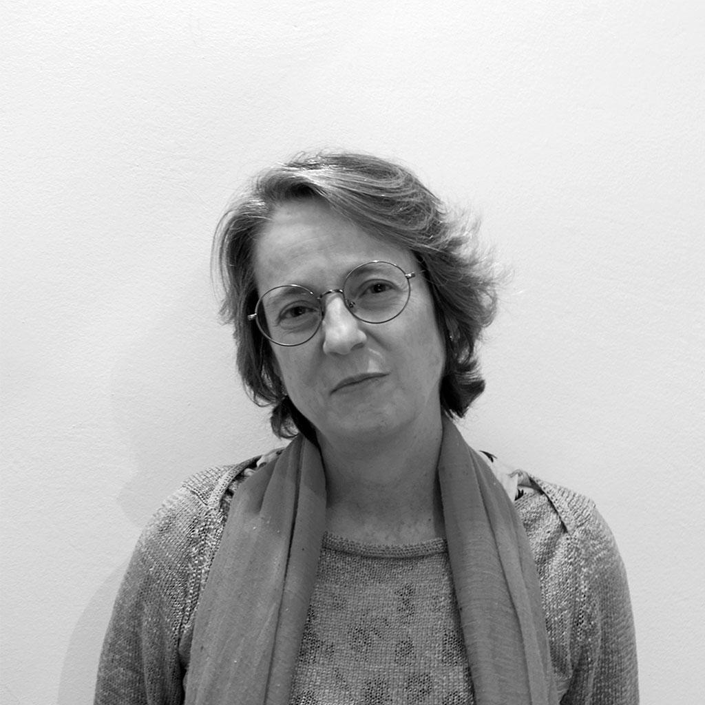 Retrato de Marta Sanz en blanco y negro durante los encuentros literarios Letraheridas de 2019.
