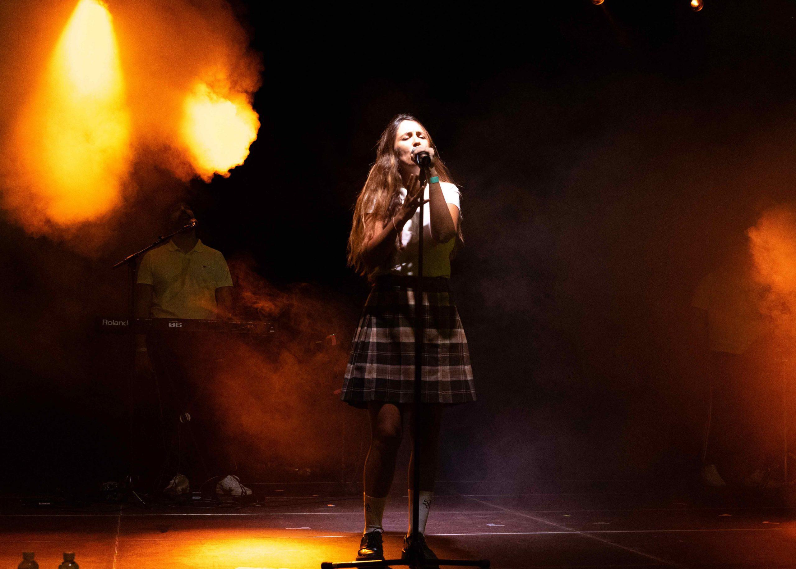 Rigoberta Bandini cantando en el MAF 2021 en Pamplona.